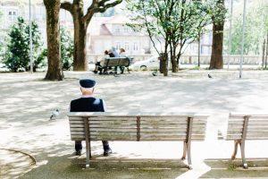Read more about the article Prendre soin de ses parents vieillissants : les solutions possibles